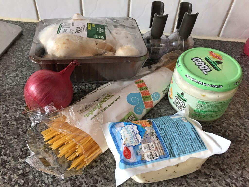 mushroom and halloumi spaghetti ingredients