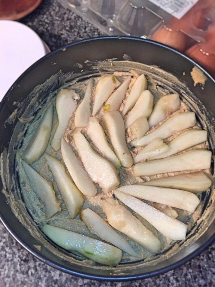 Pears in tin